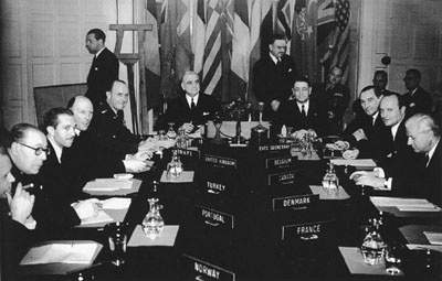 a history of the north atlantic treaty organization in the cold war The cold war world featured several alliances, such as the north atlantic treaty organisation (nato) and the warsaw pact these alliances defined and intensified the divisions between democratic and socialist nations they took shape in the years following world war ii, as european nations aligned.